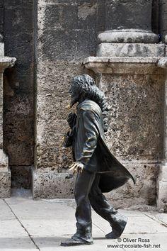 Havana statue at Plaza San Francisco - El Caballero de Paris - Chocolate Fish photos