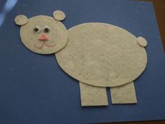 We have a bunch of fun and educational winter crafts for kids that range from snowman crafts to penguin crafts and other fun winter themed crafts! Bear Crafts, Snowman Crafts, Animal Crafts, Animal Projects, Felt Projects, Winter Crafts For Kids, Art For Kids, Preschool Winter, Winter Activities