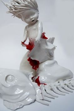 Art Blog Maria Rubinke Empty Kingdom Art Pinterest Art - Amazingly disturbing porcelain figurines by maria rubinke