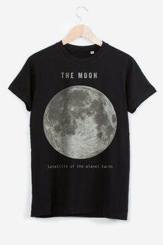 """The Moon"" T-Shirt by TERRY FAN | SOURCE: http://www.rad.co/us/brands/terry-fan/the-moon.html"