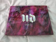 Luvabell Couture: Urban Decay Vice 2 Palette  http://luvabellcouture.blogspot.com