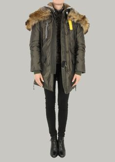 Parajumpers Kodiak. Love the look of this jacket, wish they didn't use real fur though :(    I won't be buying - pinned only for the style.