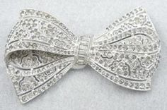 Boucher Rhinestone Bow Brooch - Garden Party Collection Vintage Jewelry