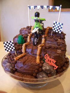 Dirtbike cake....Porter would flip out over this one!