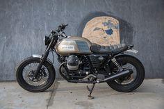 ϟ Hell Kustom ϟ: Moto Guzzi 2014 By Karoo Tailored Motorcycles Triumph Motorcycles, Honda Bikes, Cool Motorcycles, Custom Moped, Bobber Custom, Custom Choppers, Moto Cafe, Cafe Bike, Motocross