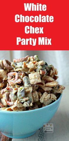 So deliciously good and highly addictive!! Chex cereal, chopped pretzels and pistachios smothered in white chocolate and subtly spiced with Nutmeg or Cinnamon - this White Chocolate Chex Party Mix is the ultimate party snack! NO BAKE! Perfect for #GameDay