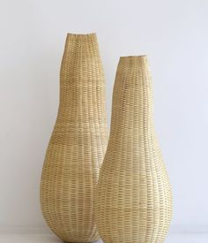 Jonathon Kline -  Just discovered him in the latest issue of American Craft. Large and small Natural Pod made from black ash and cassein paint. From $6,000