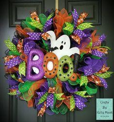 Spooky and Beautiful Ghost Halloween Wreath. Deco Mesh Spooky and Beautiful Ghost Halloween Wreath Boo Halloween, Halloween Door Wreaths, Halloween Deco Mesh, Halloween Door Decorations, Holiday Wreaths, Holiday Crafts, Winter Wreaths, Spring Wreaths, Summer Wreath