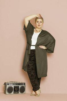 Maite Kelly I Neue Fashion Kollektion I Bild: bonprix I http://www.plusperfekt.de/von-bohemian-bis-grossstadtdschungel-maite-kelly-praesentiert-ihre-fruehjahr-sommer-kollektion/
