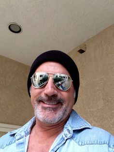 F Frank Stallone, Mirrored Sunglasses, Mens Sunglasses, Pilot, Fashion, Moda, Fashion Styles, Men's Sunglasses, Pilots