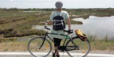Die Lagune von Venedig anders entdecken Bicycle, Beach Picnic, Mixed Emotions, Night Train, Motor Boats, Small Island, Colorful Houses, Venice, Bike