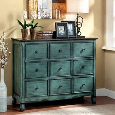Place this beautiful vintage inspired chest in any hallway, entryway or bedroom. The three wide drawers are sure to be of use while hiding behind the multi-drawer panel faces that create a lovely squared effect.