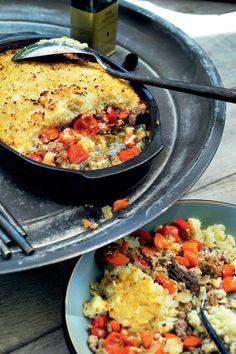 Groenteschotel uit de oven met bloemkoolkorst - Pascale Naessens