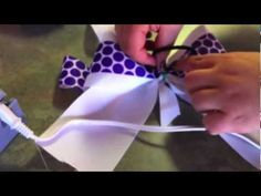 best how to video that i've found! my daughter loves her bows!