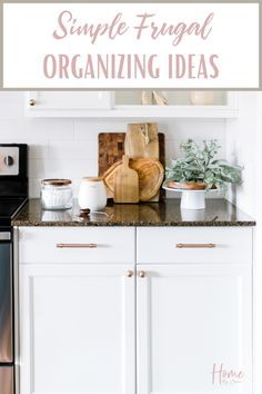 Have an organized home and not breaking the budget is possible.  Get some amazing frugal organizing ideas to help you organize your home. Organizing Your Home, Organizing Ideas, Budget Organization, Christmas On A Budget, Budgeting Worksheets, Family Budget, Best Blogs, Frugal Living, Getting Organized