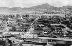 Eugene, looking south down Willamette Street from Skinner Butte. c.1910