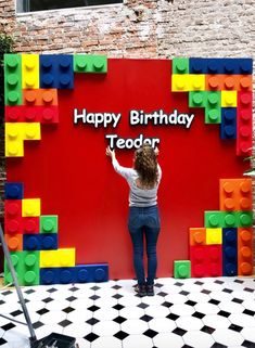 Ideas salon - New Ideas Lego Themed Party, Lego Birthday Party, 7th Birthday, Lego Classroom Theme, Lego Party Decorations, Bolo Lego, Lego Baby, Ninjago Party, Lego Ninjago