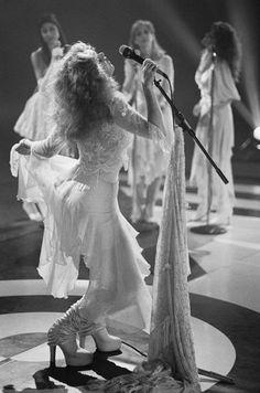 Stevie Nicks... queen of boho
