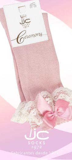Calcetín niña puntilla y lazo. Calcetines ceremonia JC Castellà fabricantes de calcetines desde 1972
