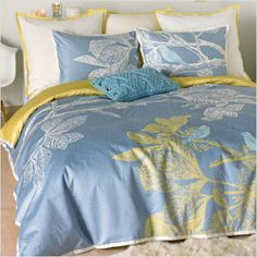 Master bedroom... Blue and Yellow.. it's light and airy.. the perfect get away...
