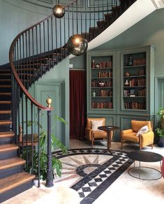 I prefer Paris in the Fall. Barrel Ceiling, Stucco Walls, Beautiful Paris, Butterfly House, Home Ownership, Interior Design Inspiration, Design Ideas, Family Room, Living Spaces