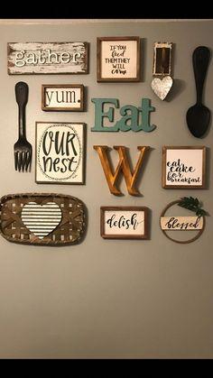 40 ideas for kitchen galley wall decor Farmhouse Kitchen Decor, Diy Kitchen, Kitchen Dining, Kitchen Ideas, Kitchen Cabinets, Wall Cabinets, Kitchen Inspiration, Kitchen Decorations Ideas, Kitchen Hacks