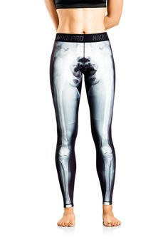 Nike Women continues to make fashion statements without straying from the Swoosh's core commitment to performance and fitness with the new Nike Exclusive Print X-Ray tights.The tights feature Nike Pro and Dri-FIT technology along with Workout Attire, Workout Wear, Workout Style, Nike Outfits, Athletic Outfits, Athletic Wear, Athletic Pants, Skeleton Tights, Skeleton Bones