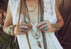 Love the long necklace