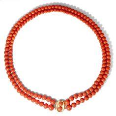 Aus Neptuns Garten  - Zweireihiges Collier aus antiker Mittelmeerkoralle mit vintage Zierschließe, aus Italien von Hofer Antikschmuck aus Berlin // #hoferantikschmuck #antik #schmuck #antique #jewellery #jewelry
