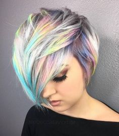 Holographic hair on short crop / pixi hairstyle. Metallic holo effect, soft pastel opal / northern lights pallet ~~ Holo hair is the hottest hair color trend. | CircleTrest