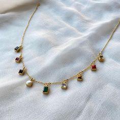 Gold Jewelry Simple, Stylish Jewelry, Fashion Jewelry, Indian Jewelry Sets, Bridal Jewelry Sets, Jewelry Design Earrings, Necklace Designs, Beaded Jewelry, Fancy Jewellery