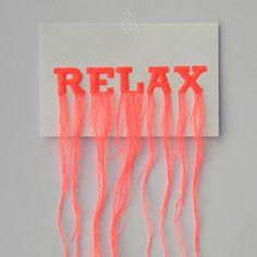 RELAX, 2014Broderie sur papierCollection Laisse pas trainer ton filswww.clealala.fr