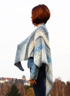 Bereits im März berichtete ich Euch davon, dass ich ein Tuch entwerfen möchte. Das erste Modell aus Lana Grossa Summerlace ist schon lange fertig. Es...