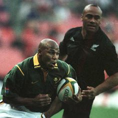 We are saddened to hear about the passing of Springboks great Chester Williams. Chester was an iconic figure in world rugby, a fierce rival… Jonah Lomu, All Blacks Rugby, World Rugby, Rugby Players, Being Good, Sports Stars, My Hero, Chester, Superhero