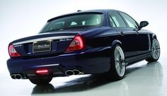Official Jaguar XJ X350 Black Bison by Wald International