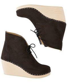swedish clog boot