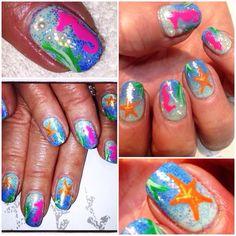 Colourful nailart.
