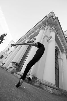 Photos by Simone Ghera. I Stand Corrected, Dance Photography, Just Dance, Saints, Muscle, Ballet, Poses, Black And White, Life