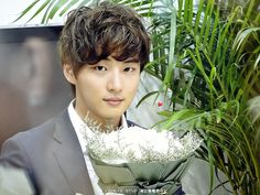 Siwon & Hyun Joong: TOP 10 Hombres Angelicales de Corea del Sur 2013