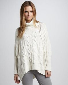 Купить женский вязаный теплый свитер