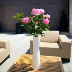 Foto Galerie - von flowerwerK Floor Chair, Flooring, Table, Furniture, Home Decor, Photos, Decoration Home, Room Decor, Hardwood Floor