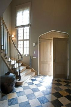 """In I walked and then said """"ahhhhh"""". Checkered Floors, English Manor Houses, Tuscan Design, Tuscan Style, Lobby Design, Tuscan Decorating, Entry Hall, Entrance, Stone Flooring"""