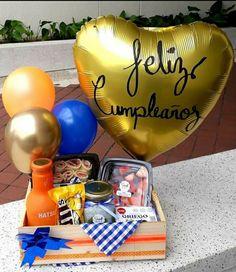 Wedding Gift Hampers, Wedding Gifts, Happy Birthday In Spanish, Birthday Breakfast, Grandma Gifts, Birthday Gifts, Birthday Cake, Gift Baskets, Special Gifts