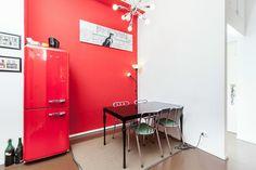 Red style for this renewed apartment in Milan  - 2011  Colore rosso come scelta predominante per questa ristrutturazione a Milano, 2011    @matteofieni7
