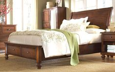 Features This queen size bed is a classic, stylish look that will match almost…