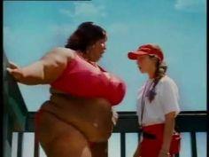 Risatissime - donna cicciona in piscina - tutto da ridere - YouTube
