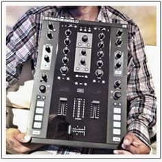 Preview of the new standalone mixer from Native Instruments ....
