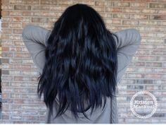 Navy blue hair. Blue tint hair. IG: @kristenmackoul
