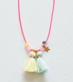 shopminikin - Collier Louise Misha, Etoile (www. Kids Jewelry, Boho Jewelry, Beaded Jewelry, Handmade Jewelry, Fashion Jewelry, Jewellery, Diy Necklace Making, Kids Necklace, Girls Necklaces