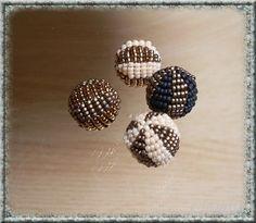 * La Simply Beaded bead by Peetje